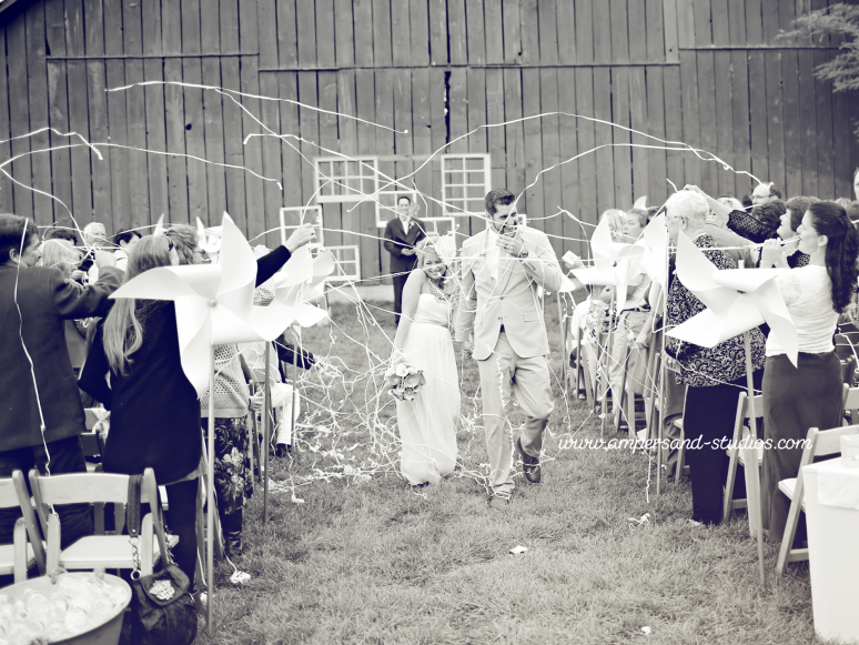 132-hidden-springs-barn-boise-wedding-phtographers-idaho-streamers